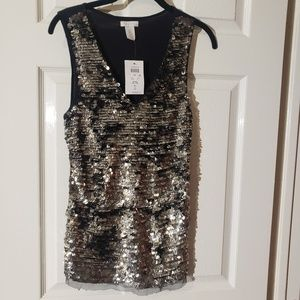 Cache sequin top